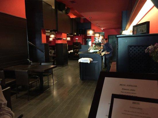 Bar Melbourne: Salle de restaurant.
