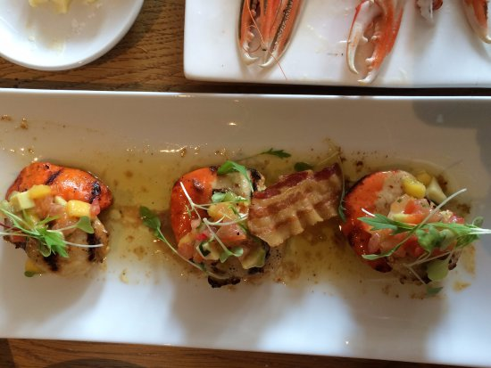 The Boatshed Restaurant: Possibly the best scallops I've ever had