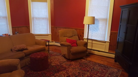 Franklin, WV: The family room is available