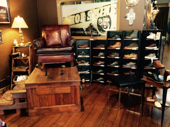 The Natty Dresser: Vintage Shoe Shine Stand. Yes, we shine shoes :) - Vintage Shoe Shine Stand. Yes, We Shine Shoes :) - Picture Of The