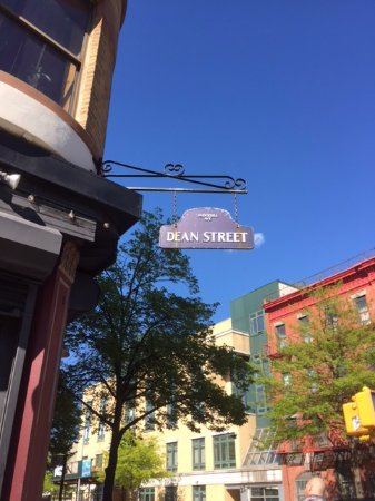 Photo of American Restaurant Dean Street at 755 Dean Street, New York City, NY 11238, United States