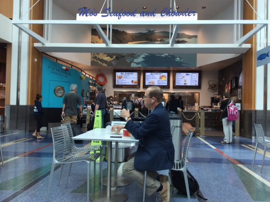 Mo S Seafood At Pdx Concourse C