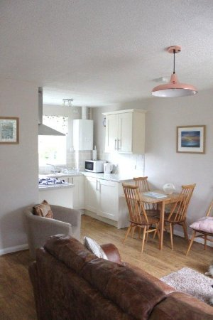 Franchis Holiday Park: Inside 'Kittiwake Cottage'
