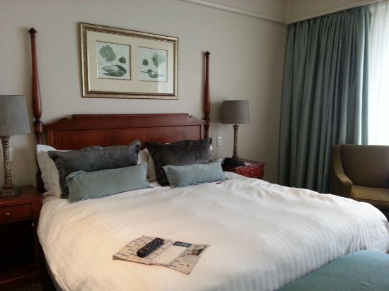 Protea Hotel by Marriott® Durban Edward: Comfy bed