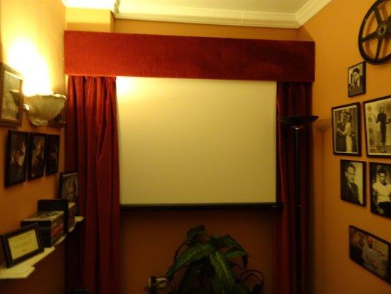 Hotel San Gabriel: Little cinema