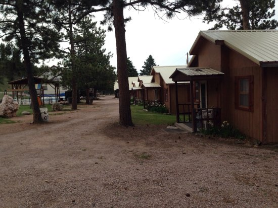 Black Hills Cabins and Motel at Quail's Crossing: photo0.jpg