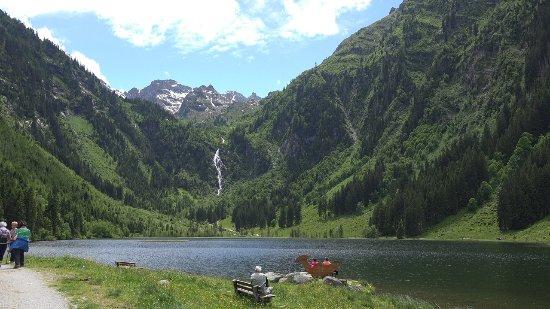 Aich, Østerrike: Der Bodensee mit Wasserfall