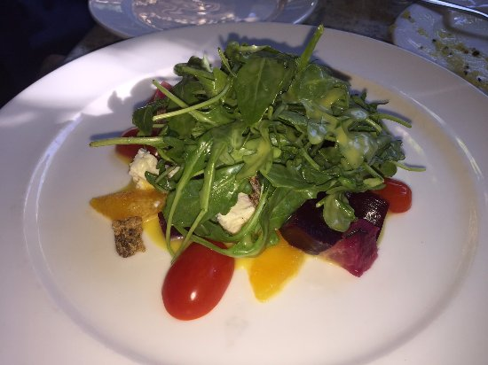 Great Falls, Вирджиния: Red and Gold chilled beet salad (enough to share).