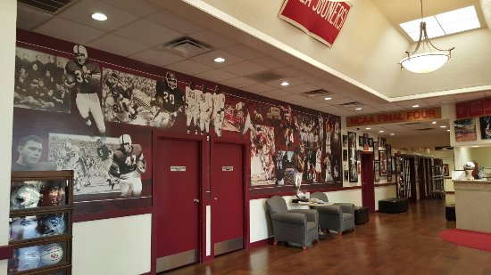 Sooner Legends Inn & Suites: 20160617_083239_large.jpg