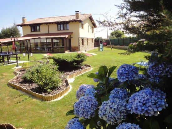 Apartamentos Rurales Villa del Sain