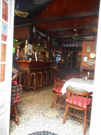 O'Luain's Irish Pub: Inteieur, toog irish pub