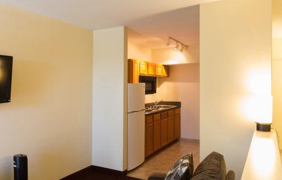 Chalmette, LA: Kitchenette Suite
