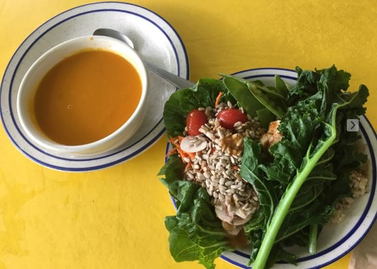 Omega Institute: Delicious carrot ginger soup, salad and fresh organic kale.