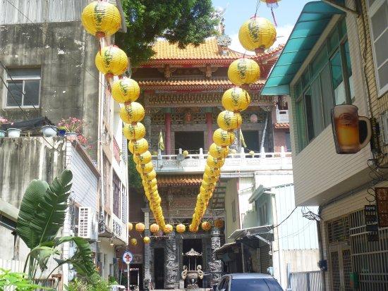 Yaowang Temple: 神農街の突き当り