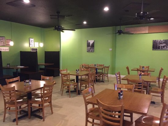Hazlehurst, جورجيا: Manna Cafe & Eatery