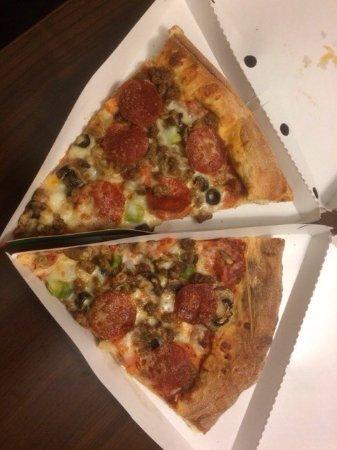 Frank's Pizza: photo0.jpg