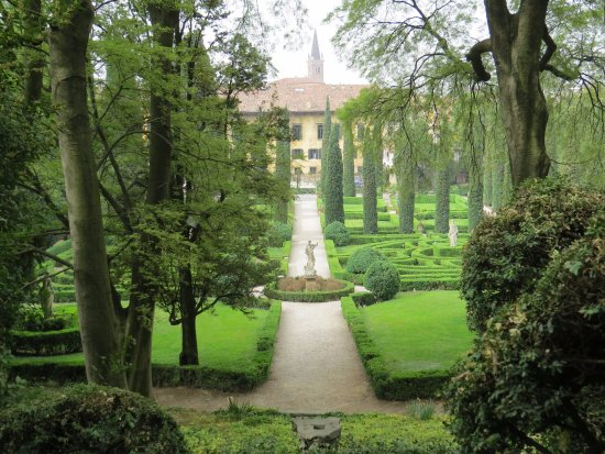 Palazzo giardino giusti foto di palazzo giardino giusti for B b giardino giusti verona