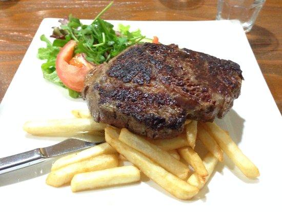 Milawa Commercial Hotel Restaurant: Steak