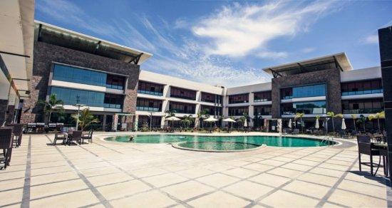 Laguna hotel for Kr motors port moresby