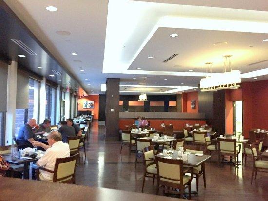 Harold's Bistro & Bar : Restaurant