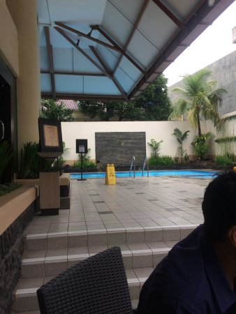 Ibis Jakarta Tamarin: Pool