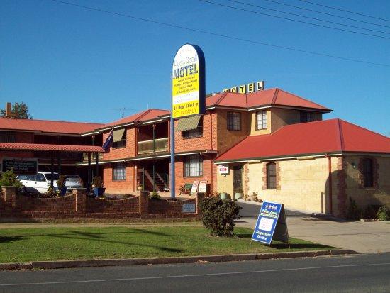 Poet's Recall Motel