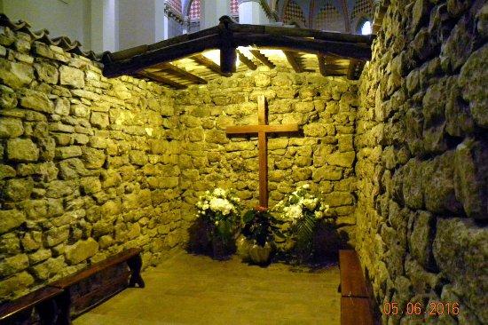 Rivotorto, İtalya: La Croce