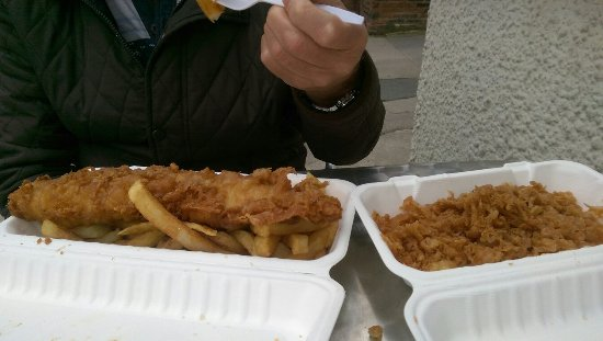 The Golden Bite: Fish & chips plus some free bits
