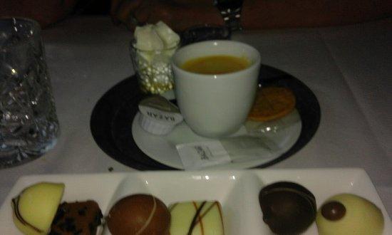 Photo of Restaurant 3 Zussen at Ophemertsedijk 2, Tiel 4001 PB, Netherlands