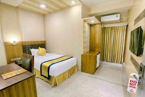 dhaka asian singles Asia pacific hotel, dhaka (bangladesh) deals  halal, asian, american,  this single room features a balcony,.