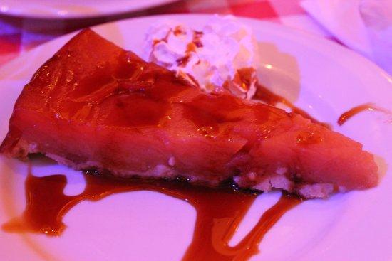 La Petite Hostellerie: яблочный пирог