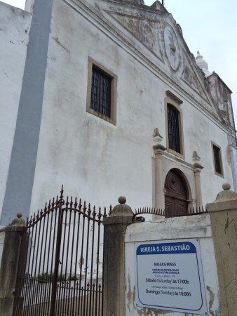 Church of St. Sebastian (Igreja de Sao Sebastiao): Portão de entrada com horários das Missas