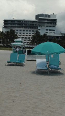 The Ritz-Carlton, South Beach: The beach is beautiful and the staff at the Ritz are great. Axell was very attentive and took ca
