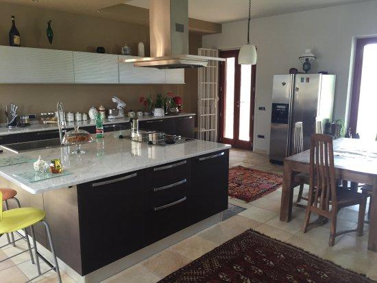 foto scattate durante il mio soggiorno: cucina, ingresso, living ... - Living Soggiorno Cucina