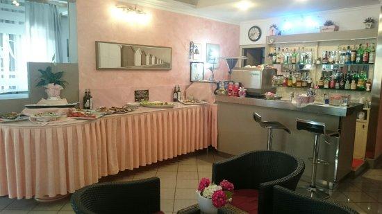 Hotel Santa Cecilia: TA_IMG_20160618_133322_large.jpg