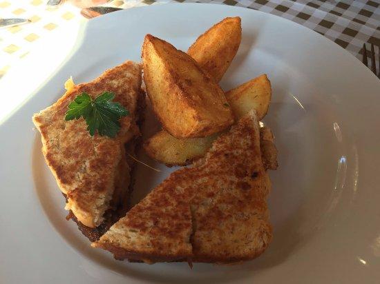 Eikenhof, Sudáfrica: Peri peri beef sandwish
