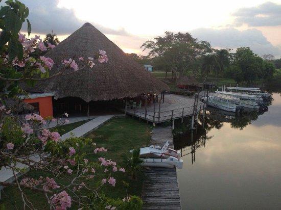 Lamanai Landings Hotel & Marina