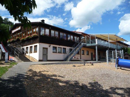 Mitterteich, Niemcy: Einen Spielplatz gibt es auch