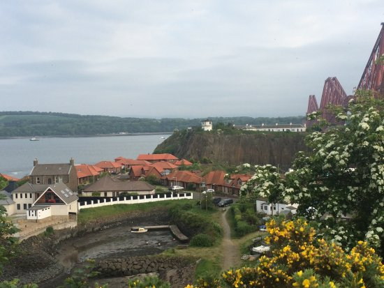 Inverkeithing, UK: Great view from the coastal path