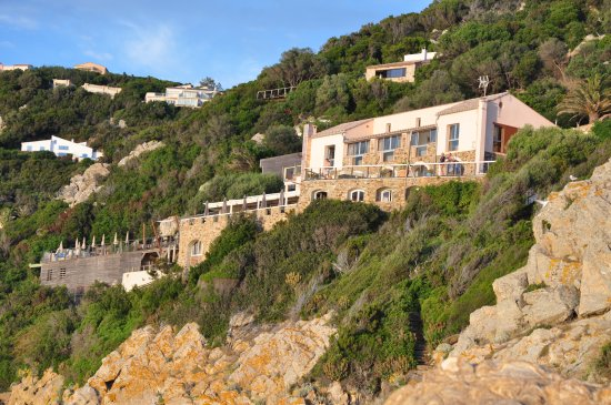 Hotel le rocher du secret ile du levant recenze a for Hotel le secret