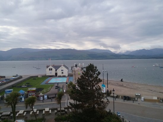 The Bulkeley Hotel: View from the room over the Menai Straits onto Snowdonia