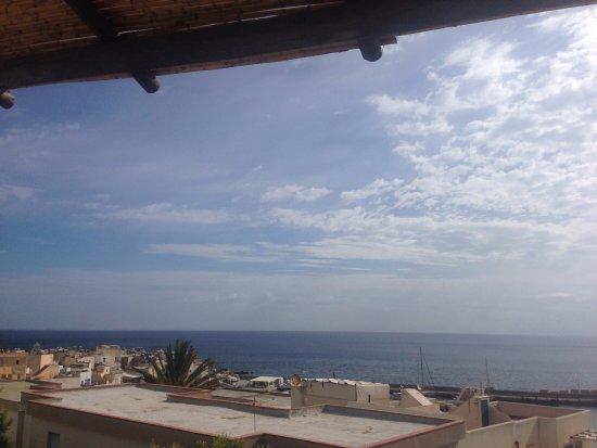 Dalla terrazza ...cercando Monte Falcone - Picture of Marettimo ...