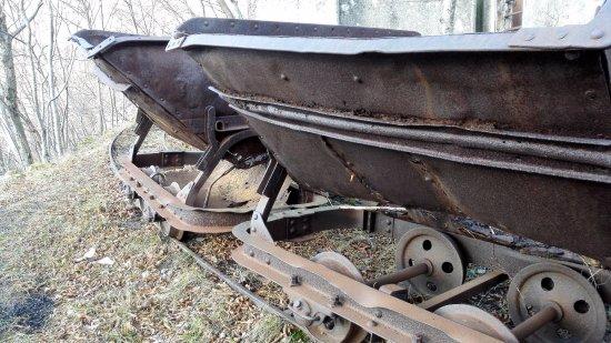 Vicchio, Italia: vagoni della miniera su decauville