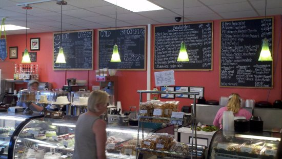 Mocksville, NC: Menu and display cases at Ketchie Creek Bakery and Cafe.