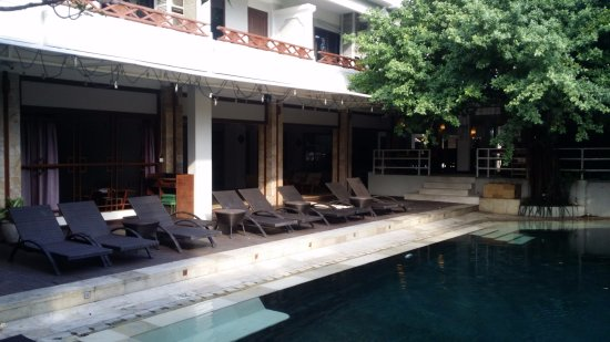 Maharani Beach Hotel: Pool