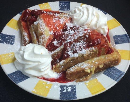 Barrie, Kanada: Wimpy's Strawberry French Toast