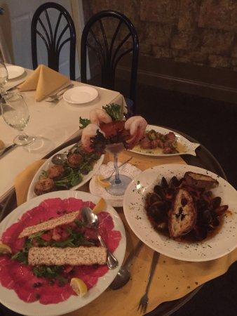 Arturo S Italian Restaurant Photo0 Jpg
