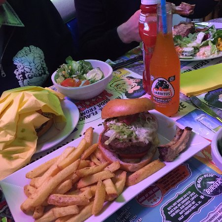 Erlinsbach, Swiss: burger + fries + Jarritos Mandarin