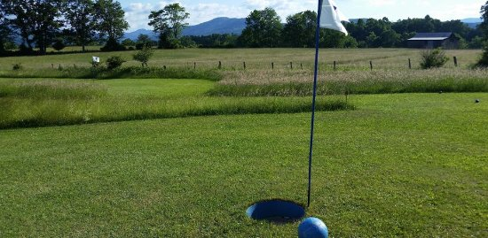 Canaan Valley, WV: Spectacular Views at Chip Shots FootGolf