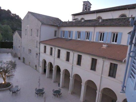 Hotellerie Notre Dame de Lumieres: Endroit paisible